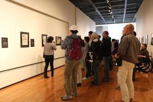 ゴルゴ13展ギャラリーツアーの写真