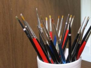 補彩や剥落止めに使う筆